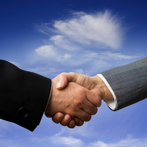 Handshake © thinkpanama