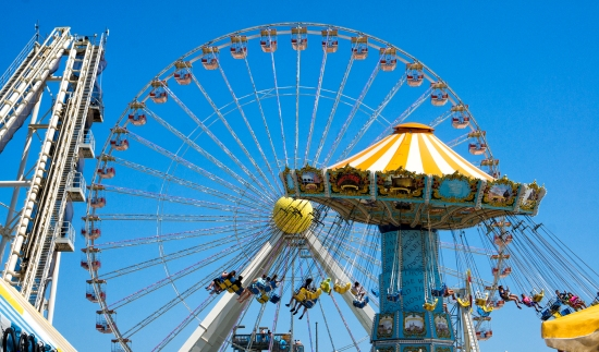 Just a short drive away, Wildwood has a boardwalk with come cool rides for the kids.
